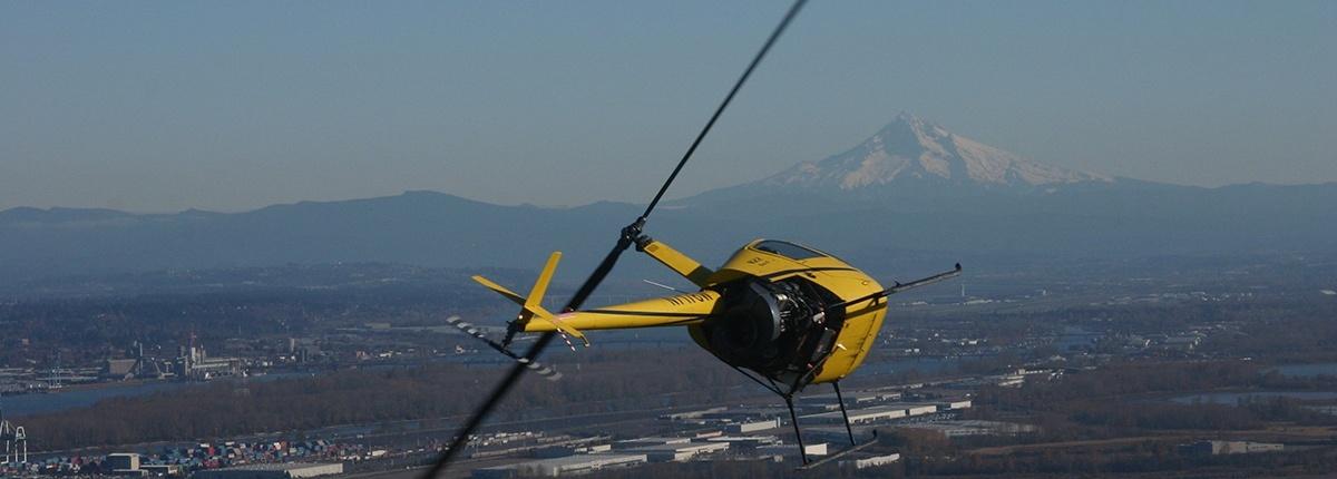 R22 flight training near Mt Hood