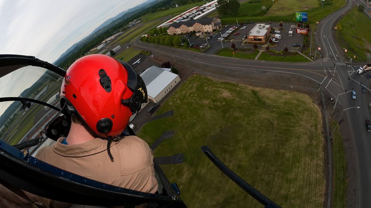 helicopter lessons & helicopter flying lessons