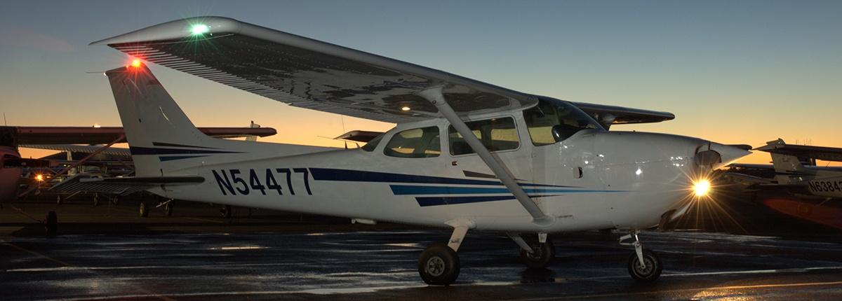 Airplane training degree programs