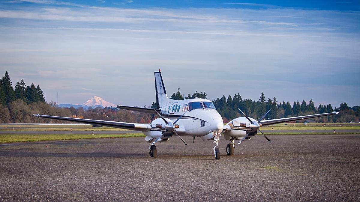 airplane professional pilot training