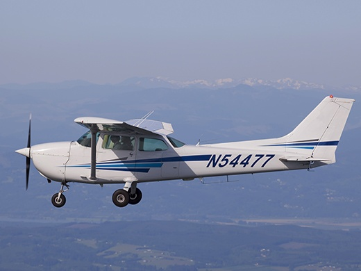 Airplane Flight Training in Oregon
